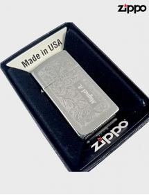 Zippo grabado.